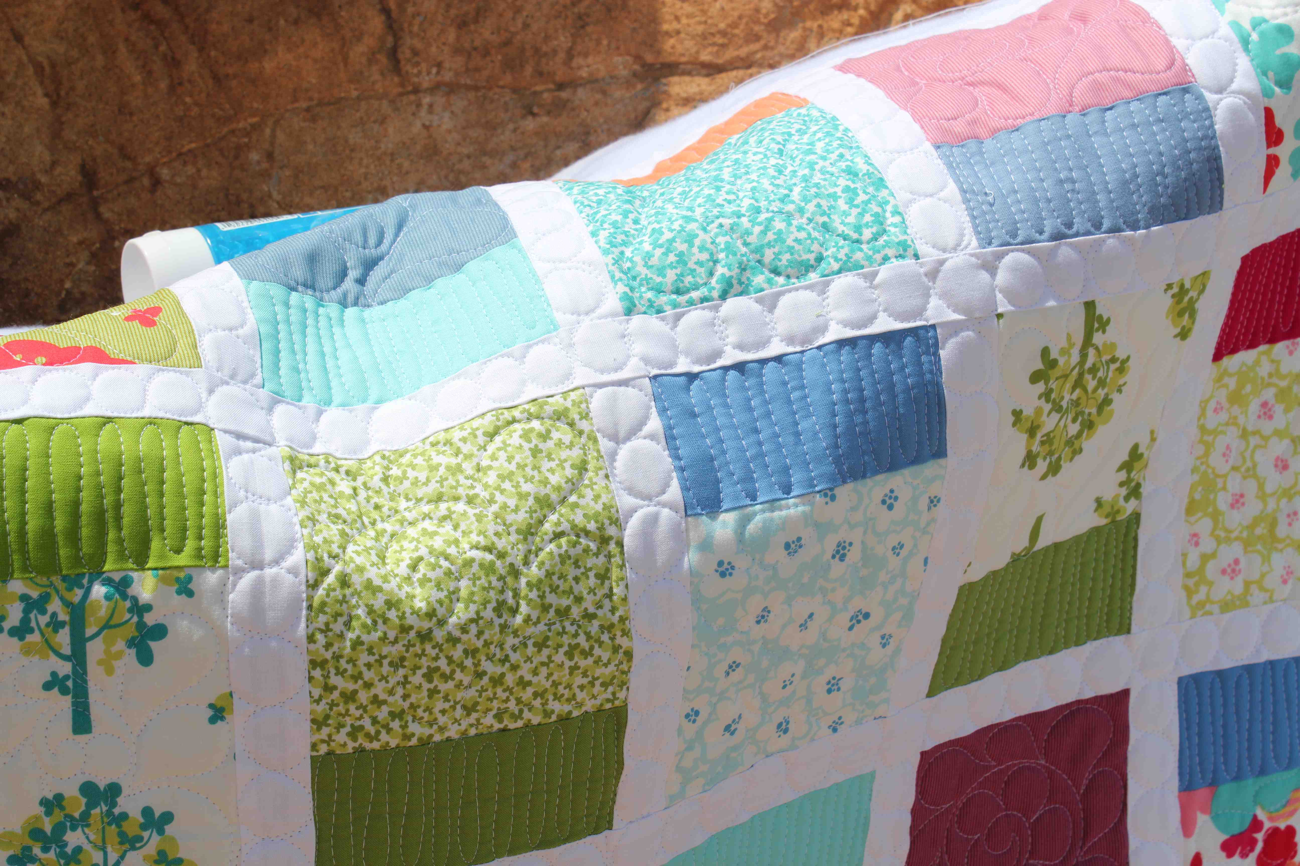 Quilting Is My Therapy Deciding What to Quilt~ All about thread ... : thread for machine quilting - Adamdwight.com