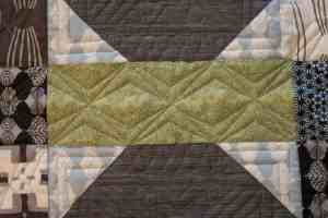 geometric longarm quilting design